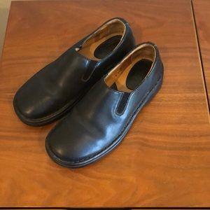 Born black leather slip-ons 7.5
